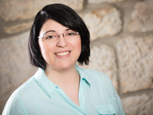 Nicole Amling